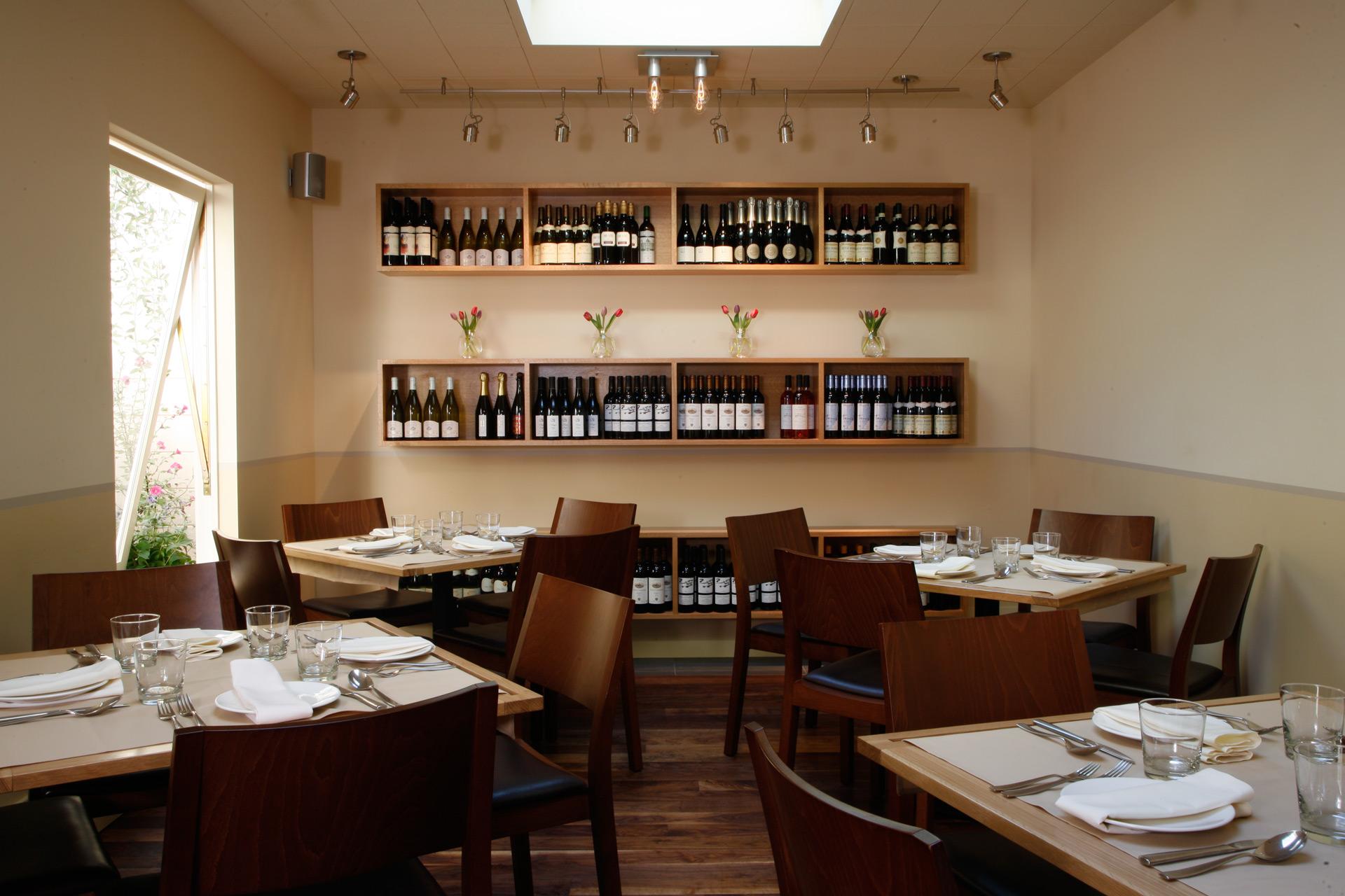 Terzo restaurant decor ideas