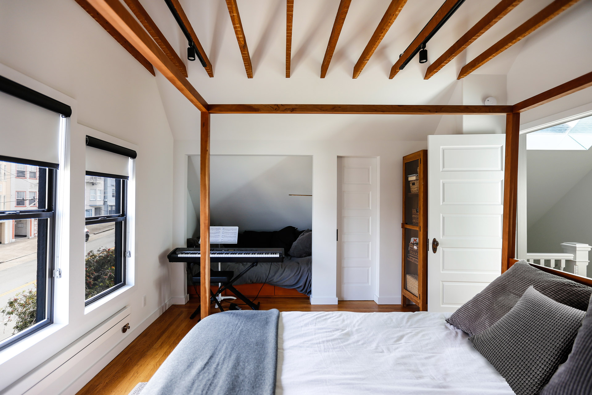 Balboa Residence decor