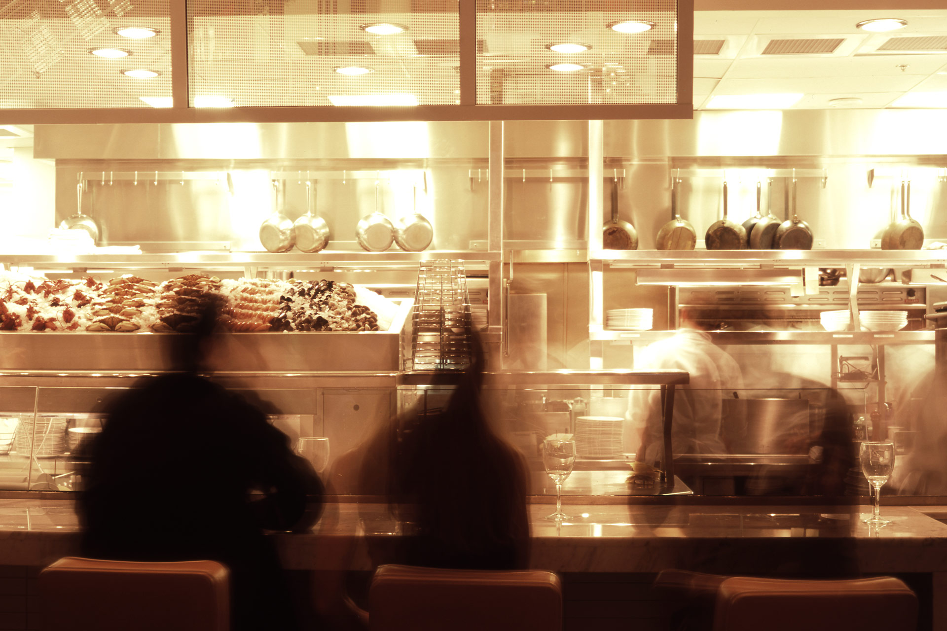 RM Seafood restaurant home decor