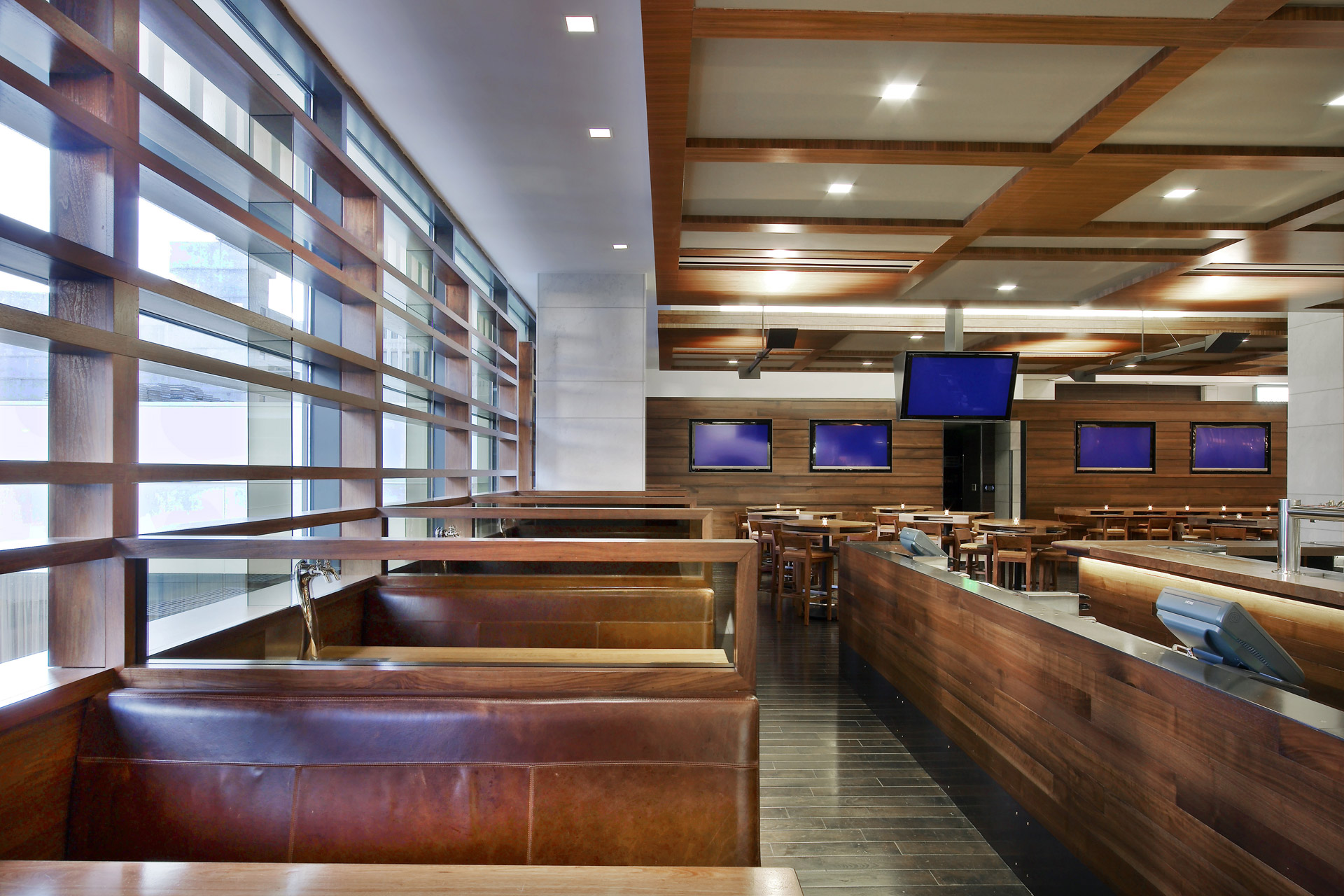 Twenty Two Storys & Market restaurant home design