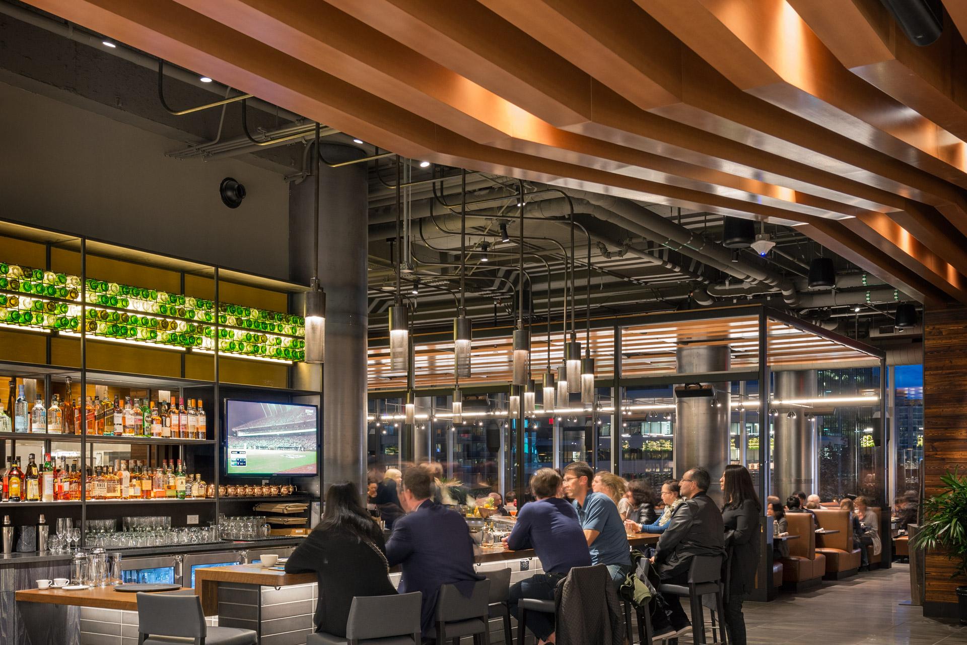 Bistro Verde at Nordstrom restaurant moder design