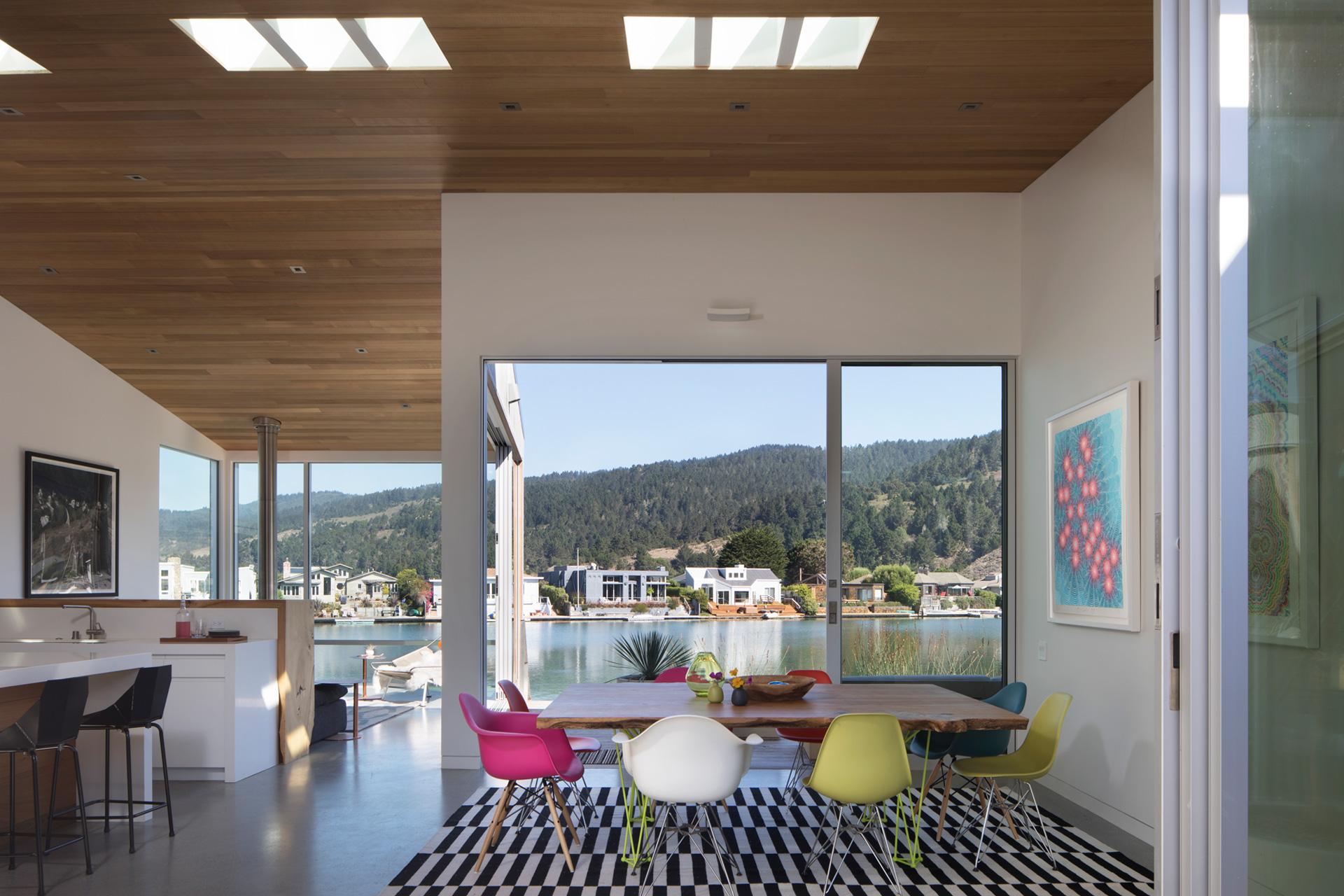 Lagoon House modern home design