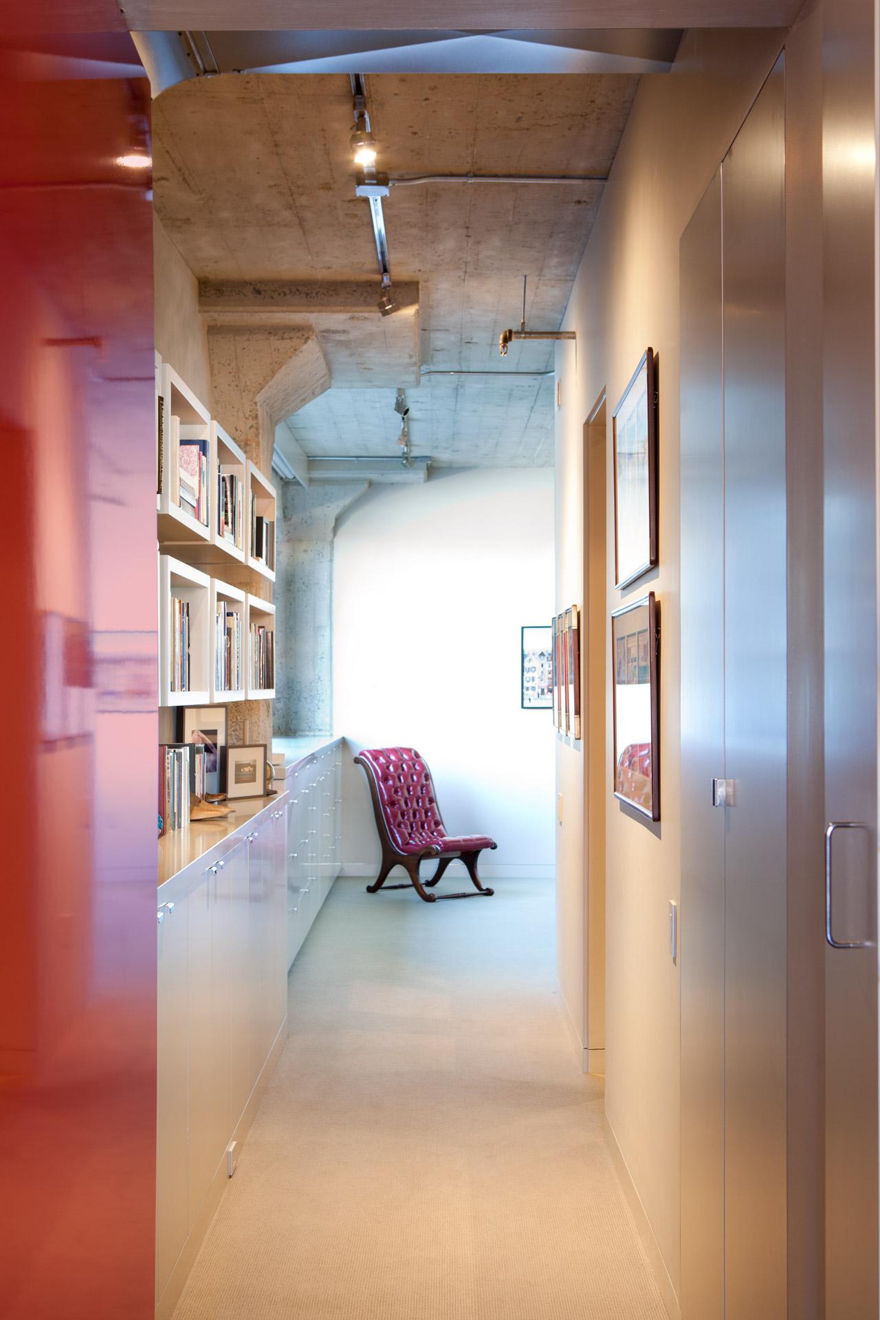 Modern home design SOMA Loft