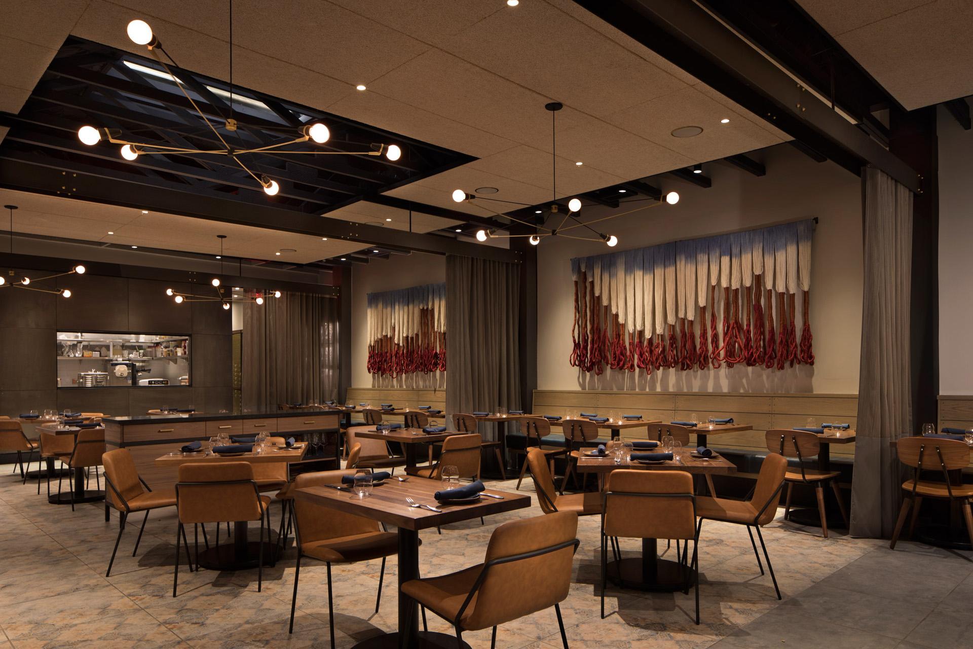 Pausa Bar & Cookery restaurant modern design