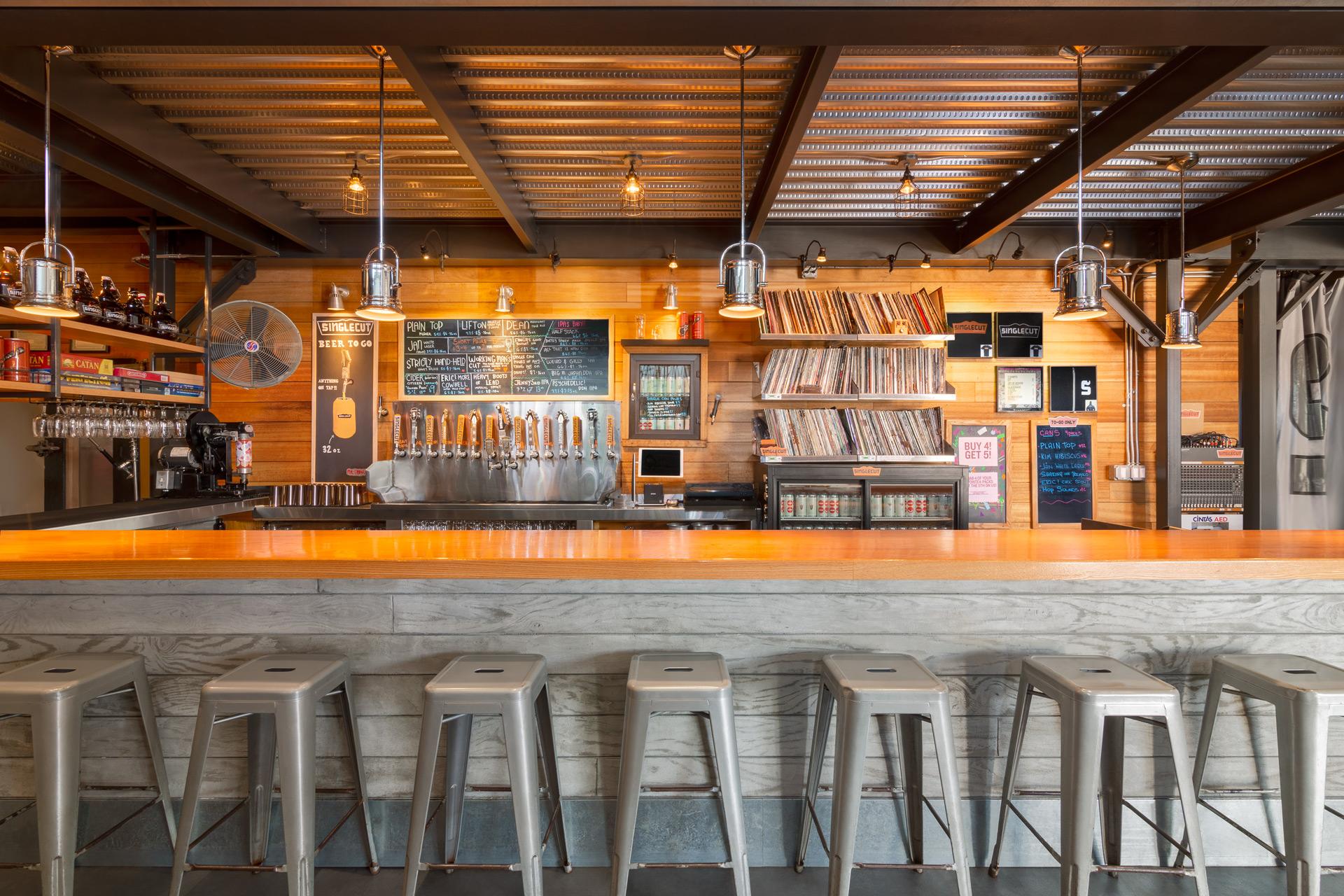 Singlecut Beersmiths restaurant decor