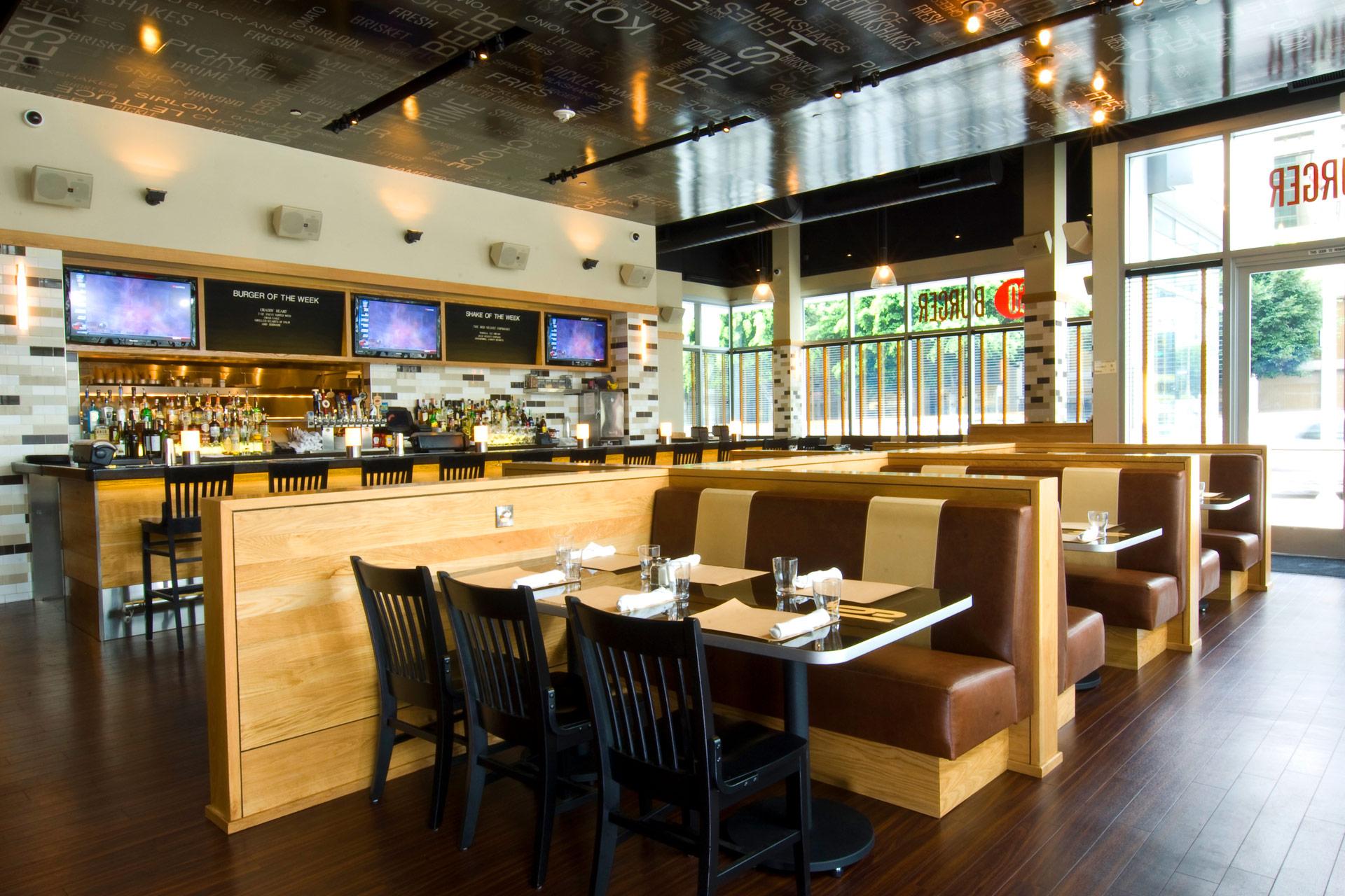 Go Burger LA restaurant decor