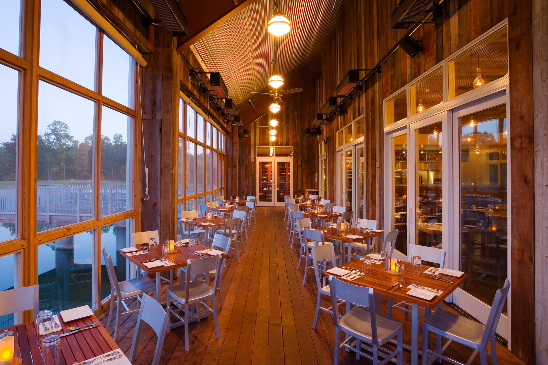 Firefly Grill restaurant decor