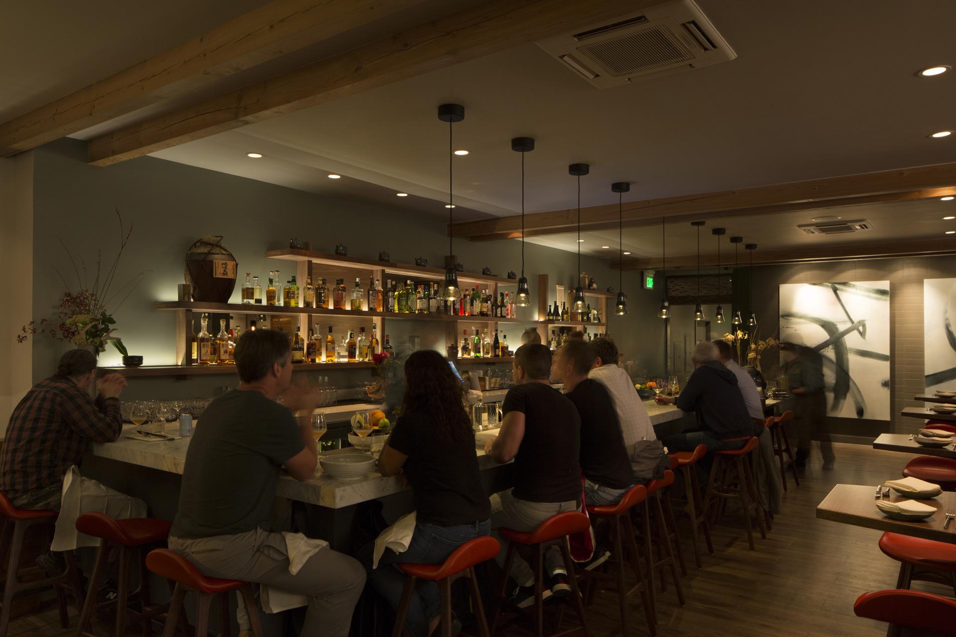 Nomica restaurant decor