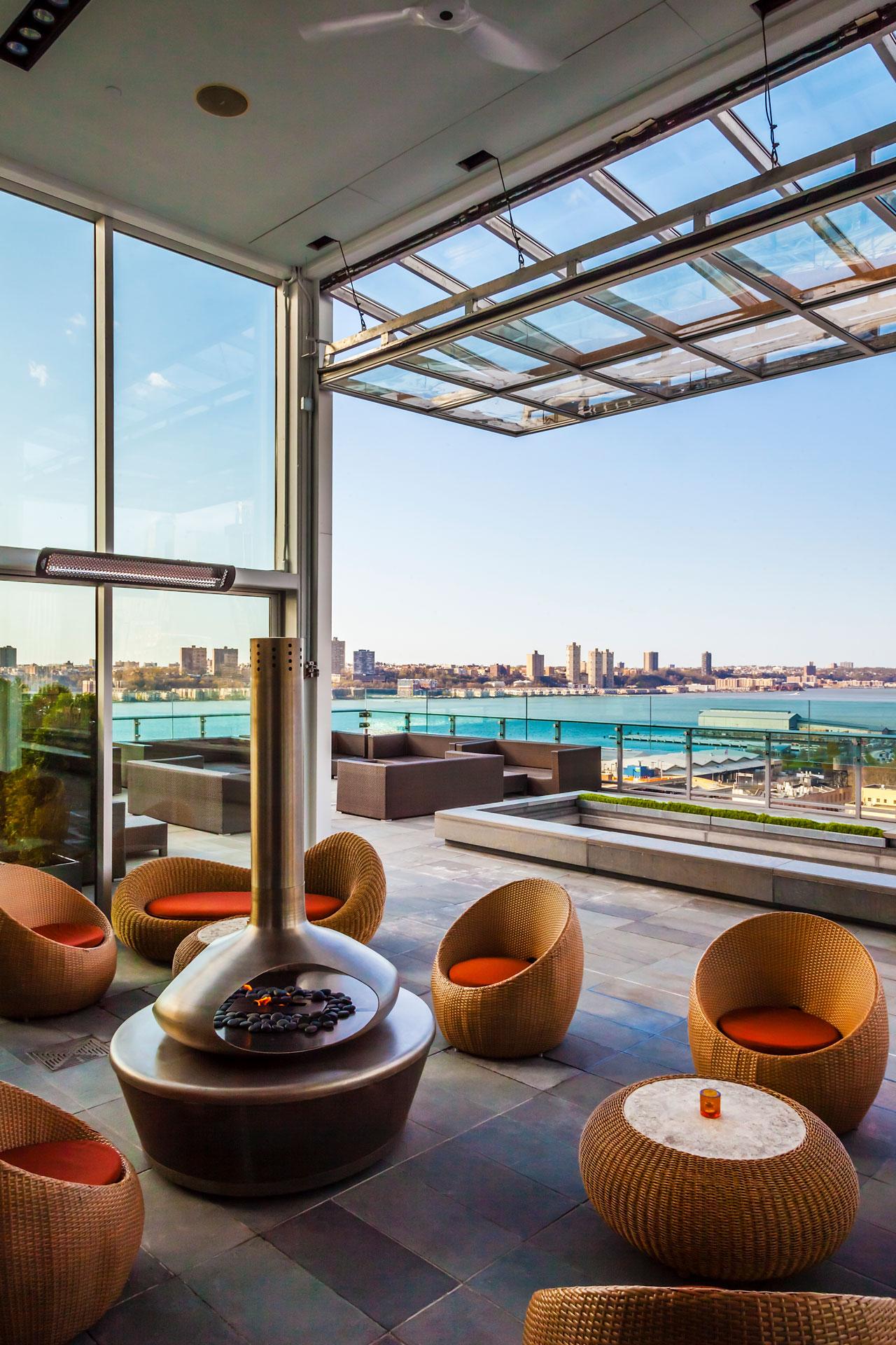 Press Lounge Restaurant decor