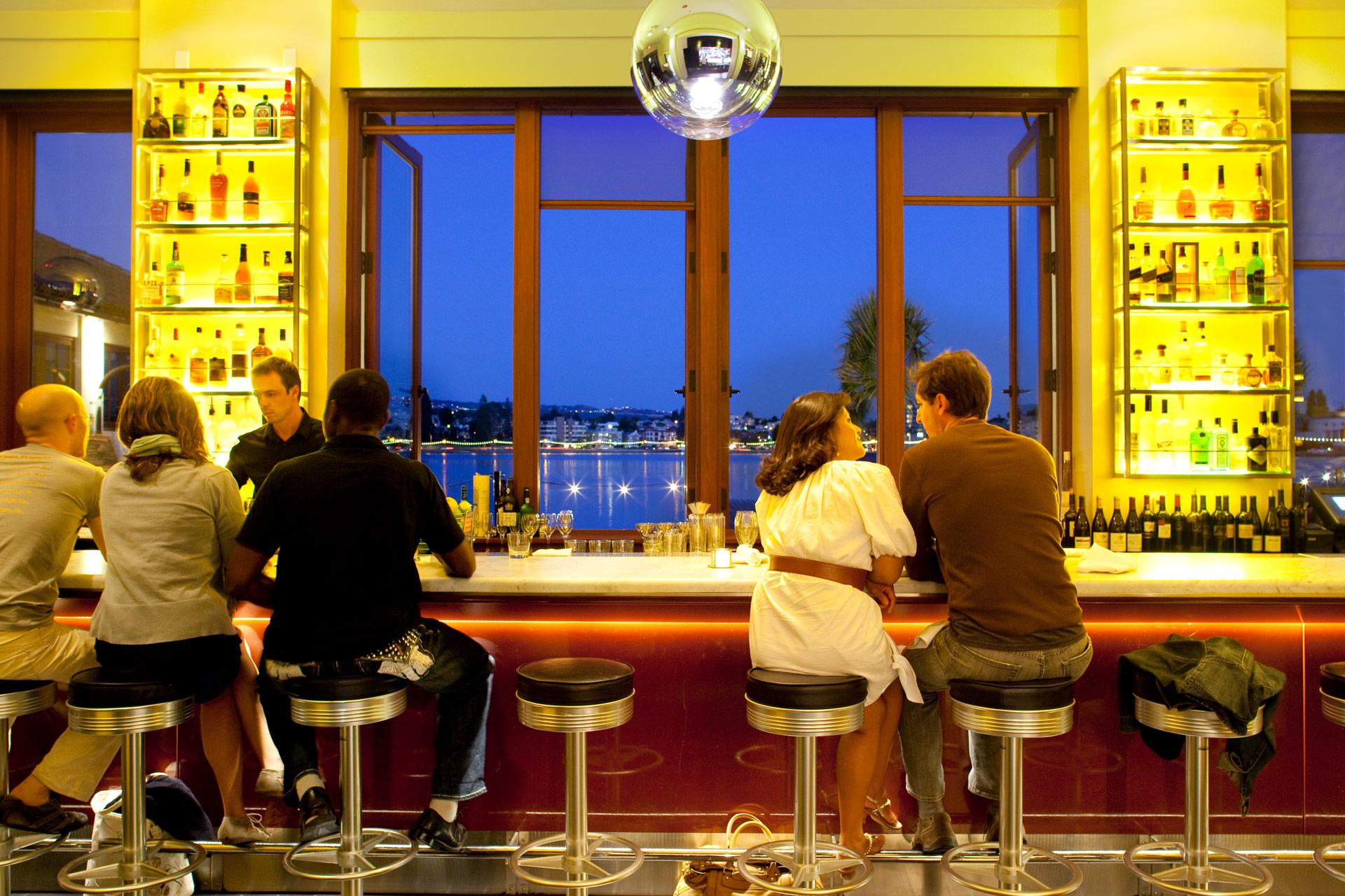 Lake Chalet restaurant modern design