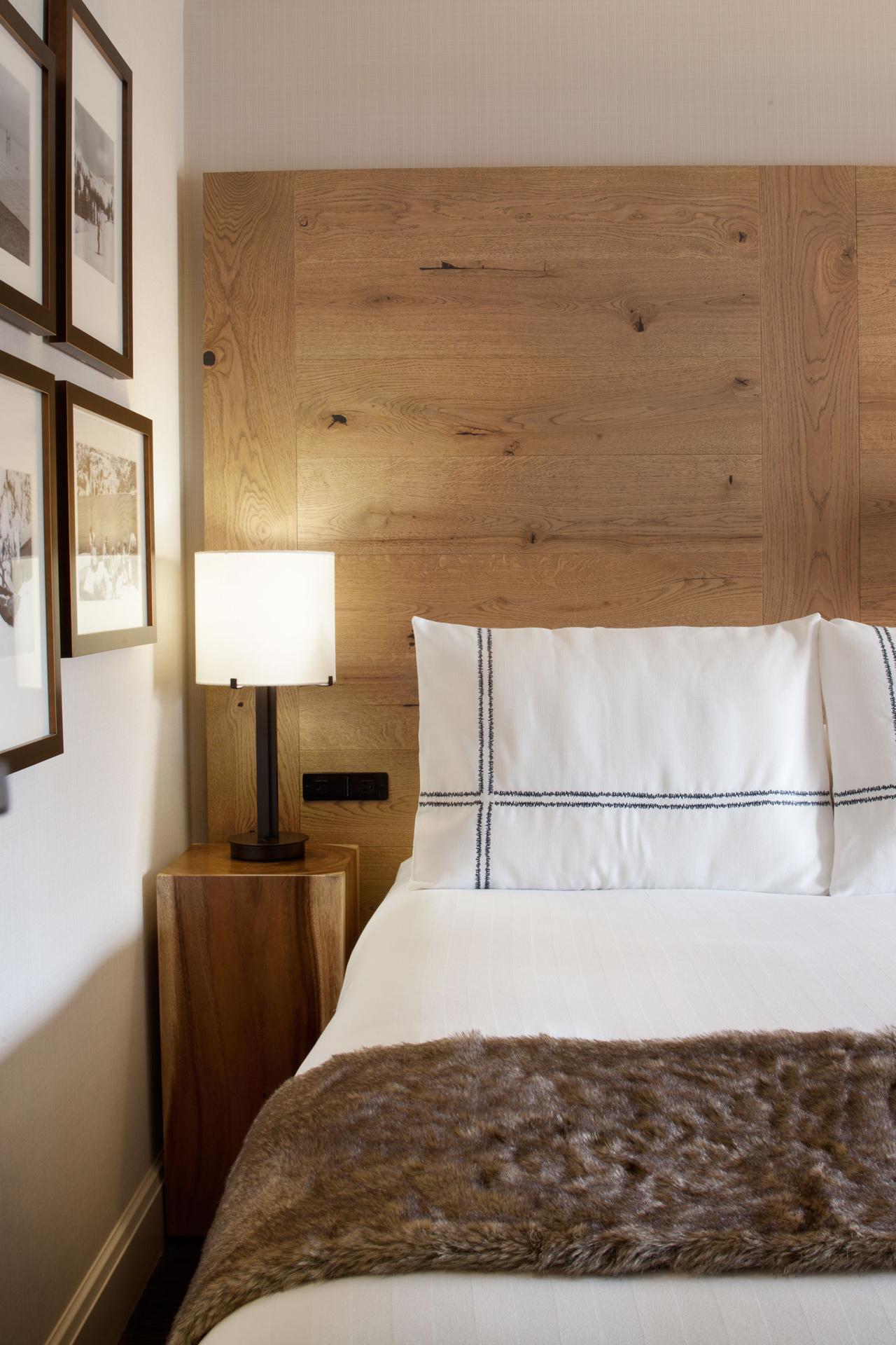Hyatt Lake Tahoe Guestrooms interiors design