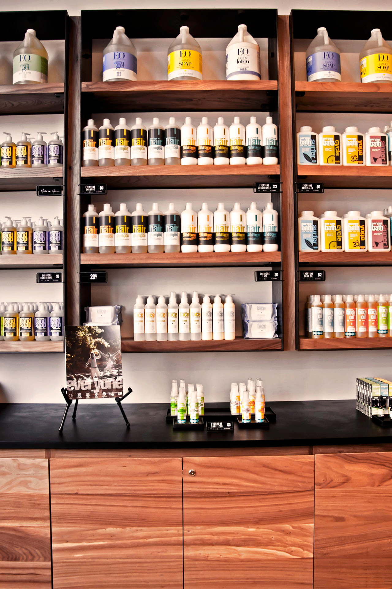 EO at the Market retail store design ideas