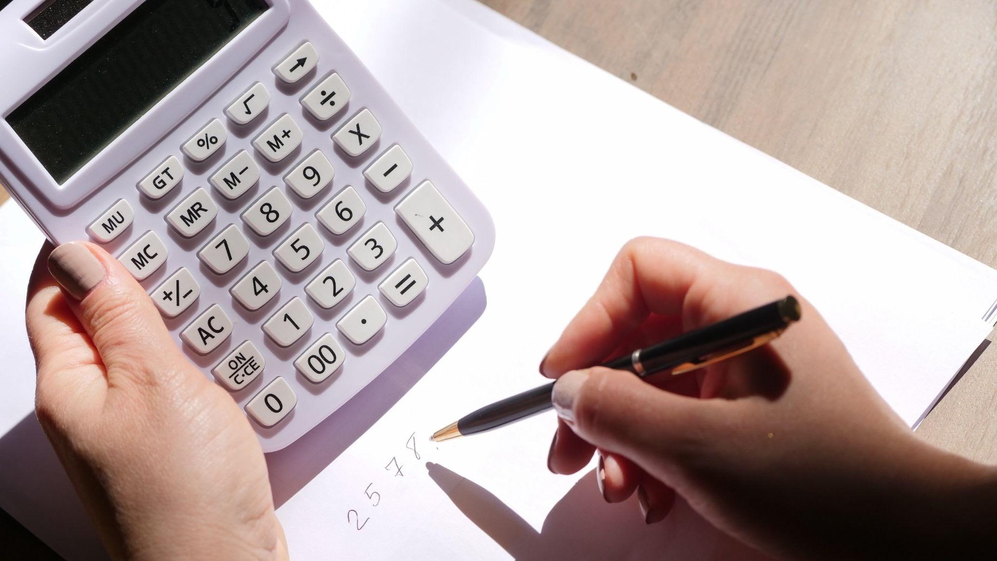 Erstelle deine Gewinn- und Verlustrechnung