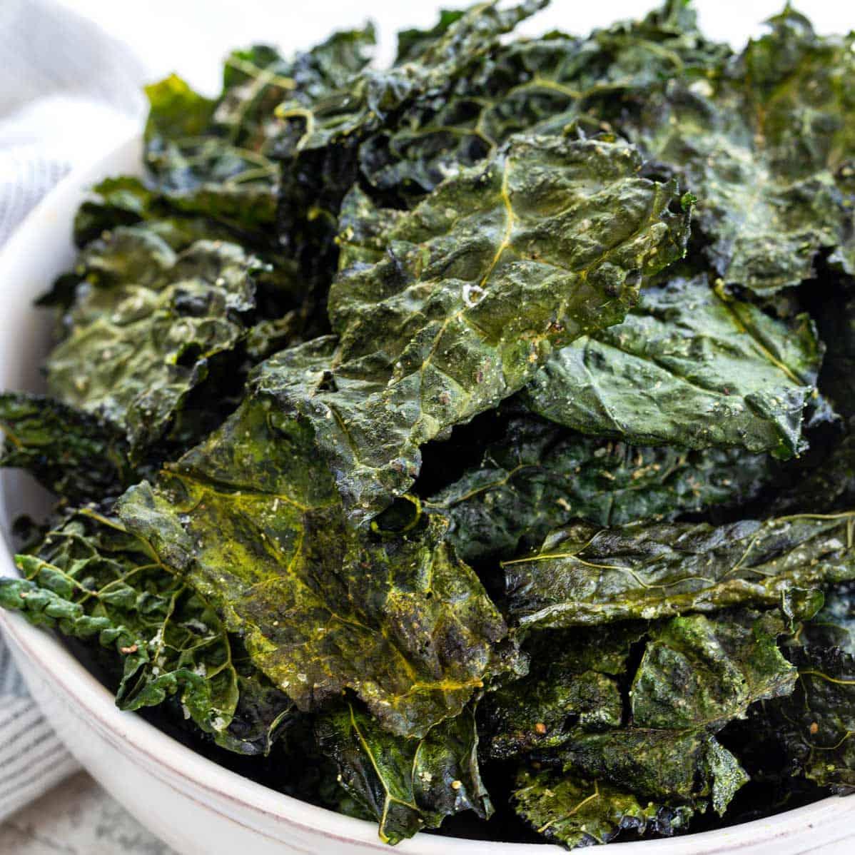 Baked Kale Chips - Jessica Gavin
