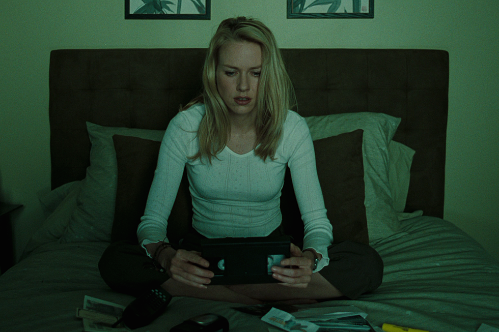 'Nightmare on Film Street': 'The Ring' vs. 'What Lies Beneath'