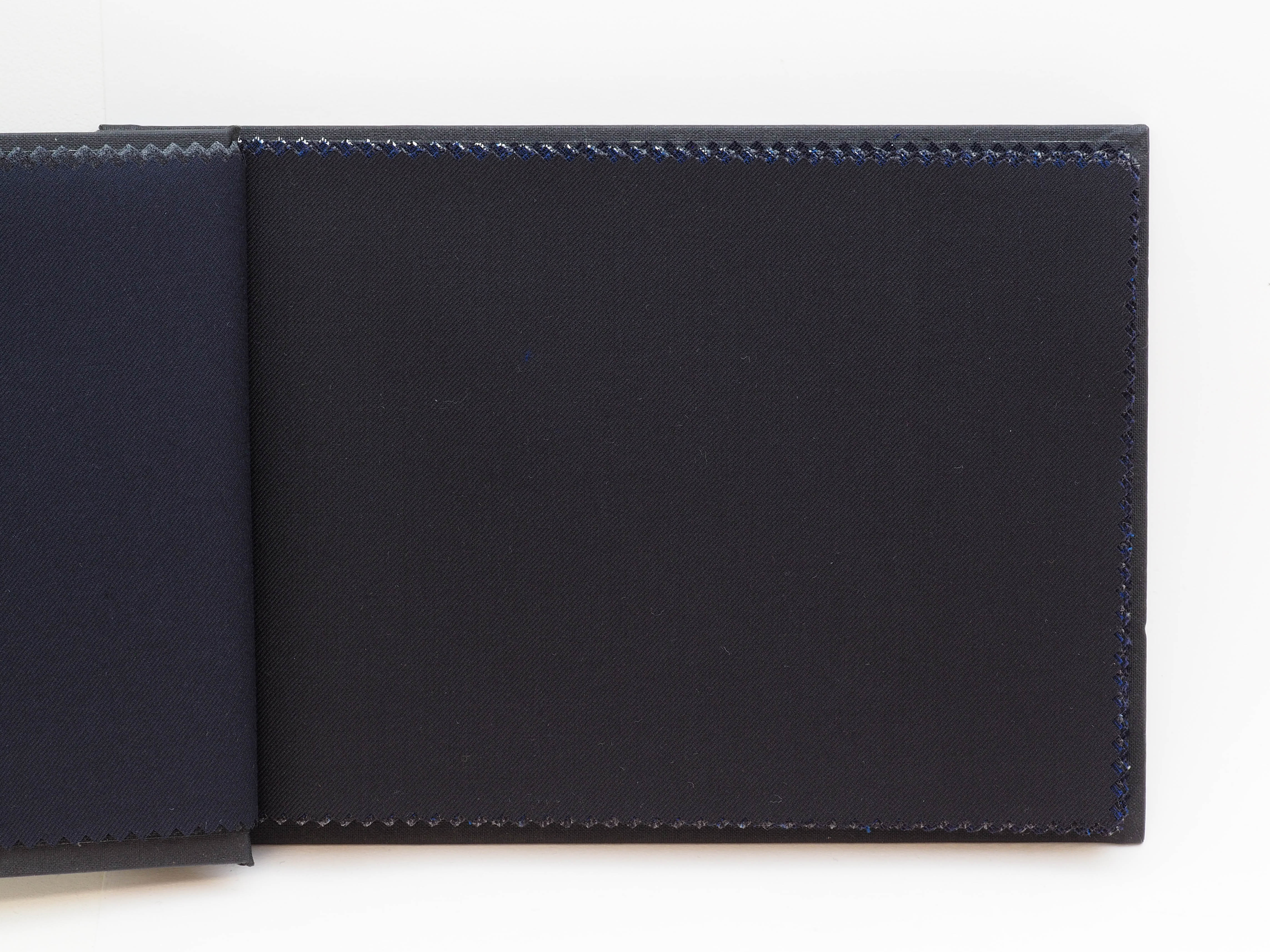 1790N/PLAIN/BLACK