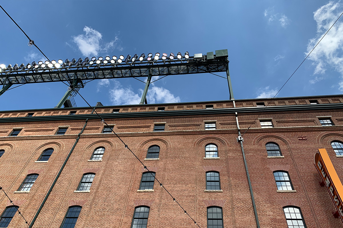 Picture of the building at Camden Yards.