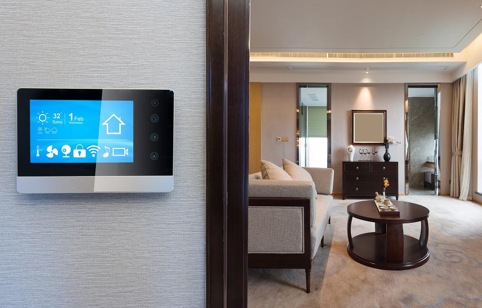 Styr temperaturen hemma med ett smart termostat.