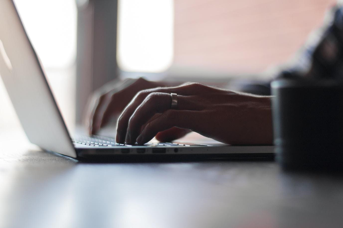 Undvik bedrägerier online med dessa tips