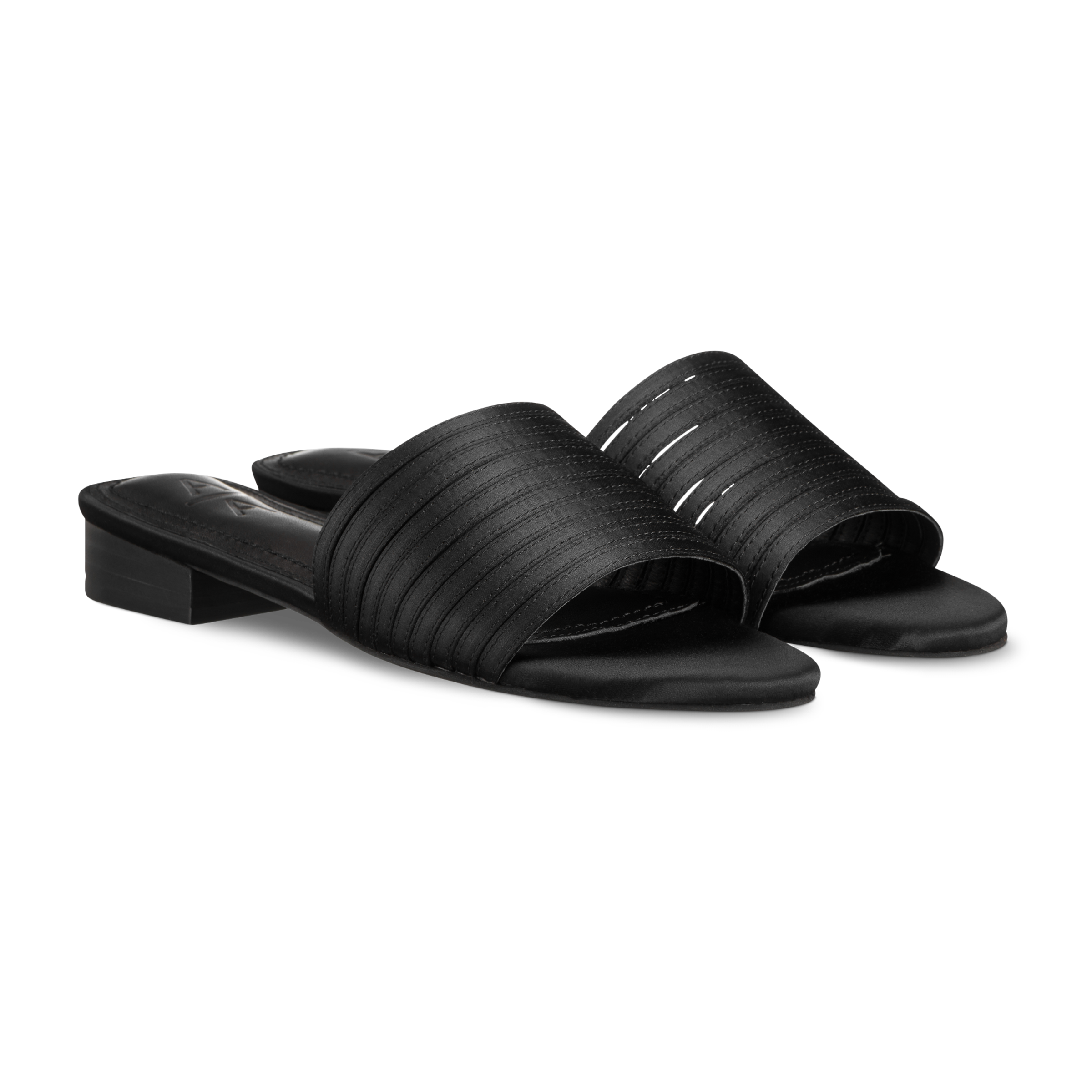 Footwear product picture
