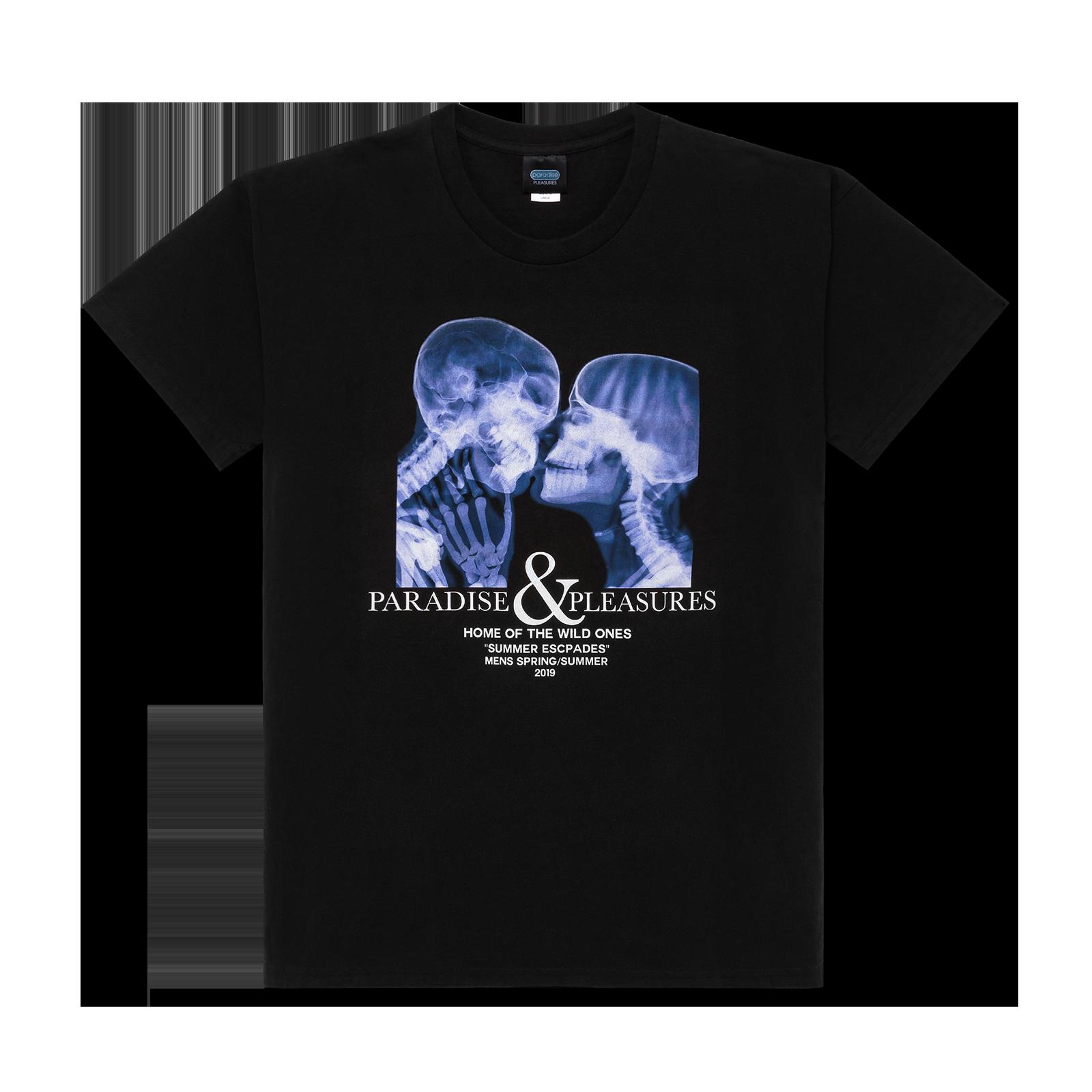 Flat lay t-shirt product image