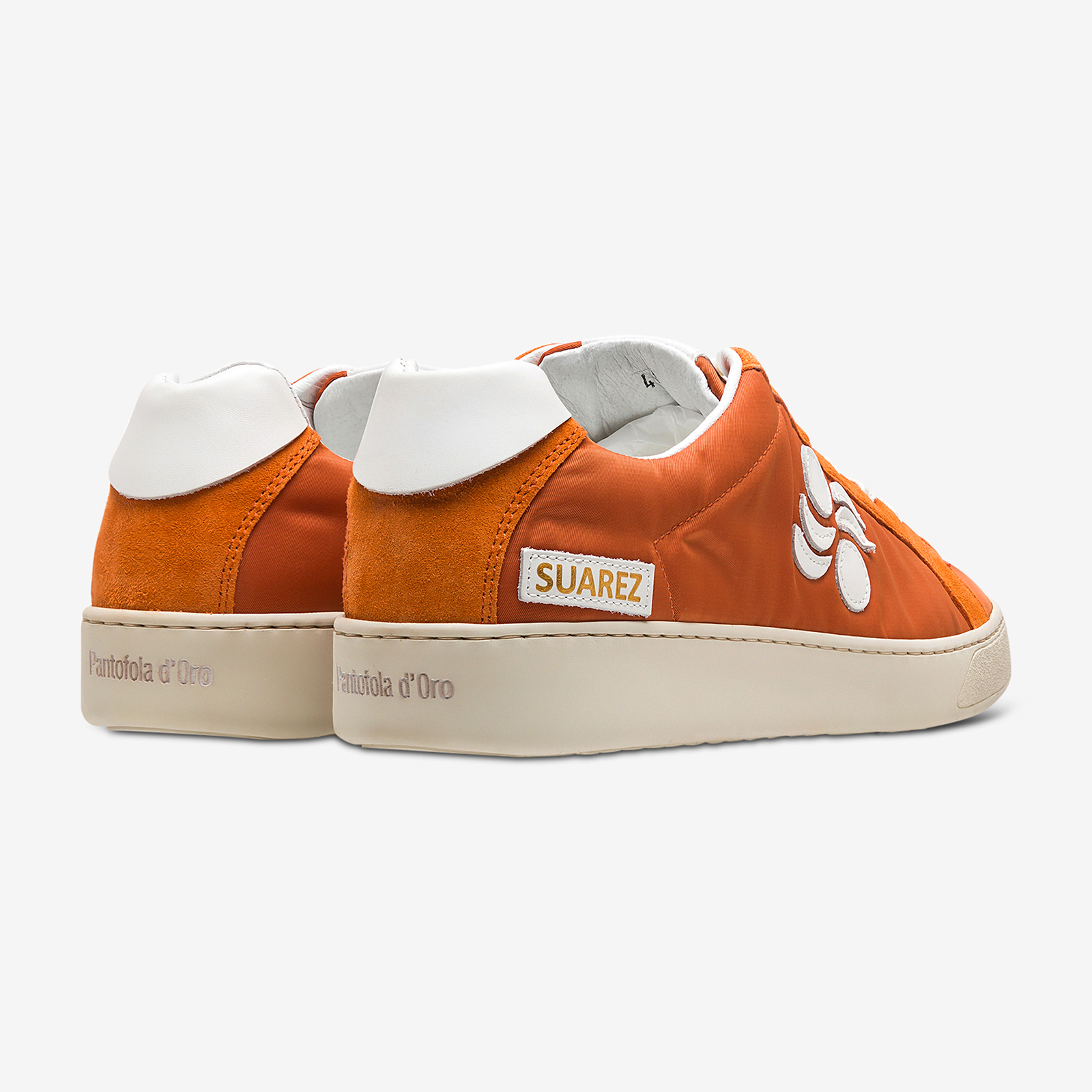 Sneakers product image