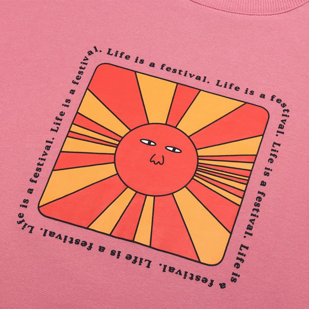 T-shirt Logo close-up
