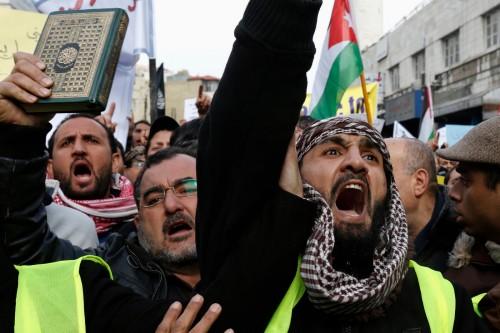 musulmanes protestando en europa