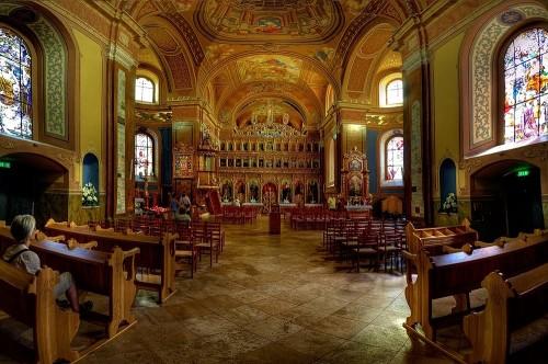 interior iglesia mariapocs