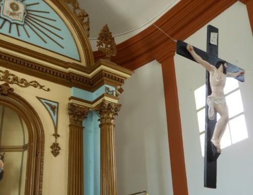 crucifijo en capilla del buen consejo corrientes