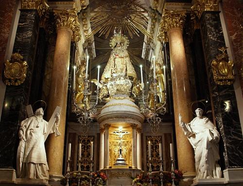 altar de la virgen de los desamparados de valencia fondo