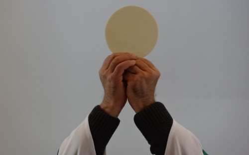 alzamiento de la eucaristia