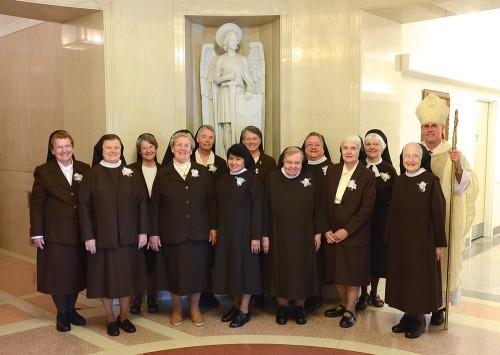 hermanas franciscanas de adoracion perpetua
