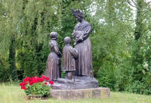 estatua de la salette fondo