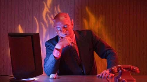 demonio de corbata fondo