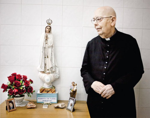amorth-and-virgin-mary