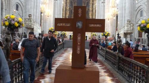 cruz_santos_beatos