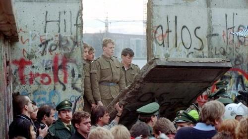se abre muro de berlin