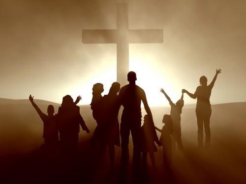 cristianos y una cruz