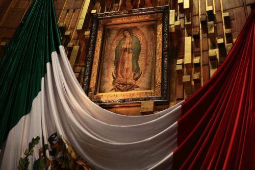 virgen de guadalupe en la basilica