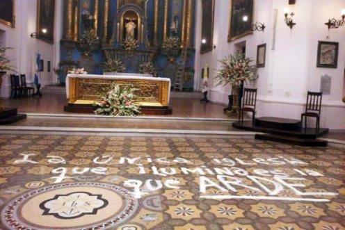 iglesia_que_arde