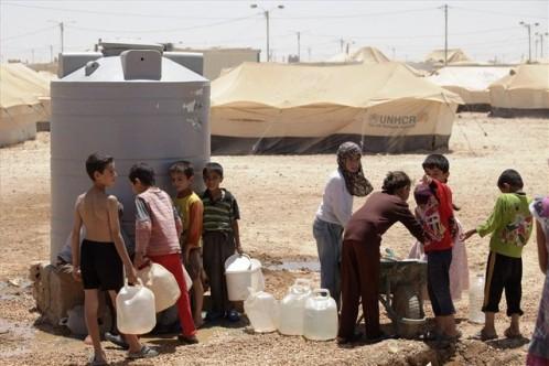 menores en campo de refugiados sirios