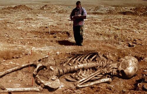 Los-Nefilim-Esqueletos-Gigantes