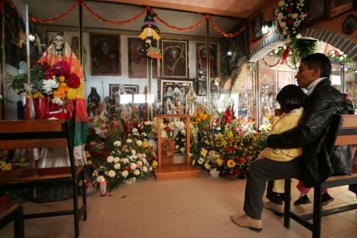fondo templo de la santa muerte