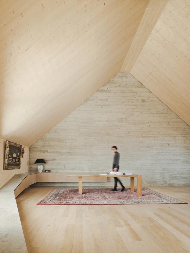 Maxvorstadt R11 by Pool Leber Architekten