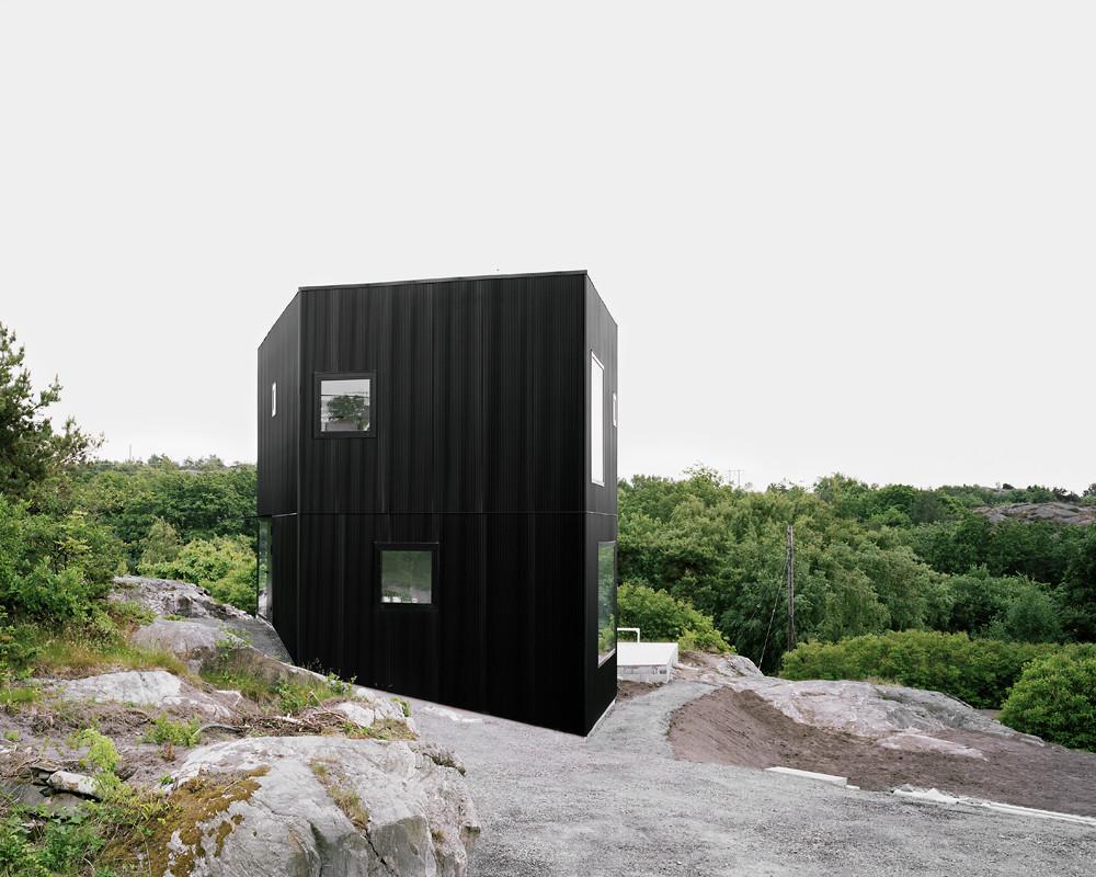 House Tumle by Johannes Norlander Arkitektur