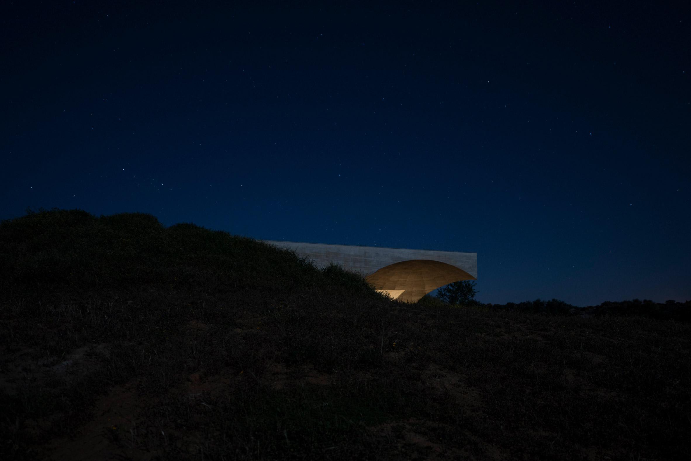 House in Monsaraz by Aires Mateus