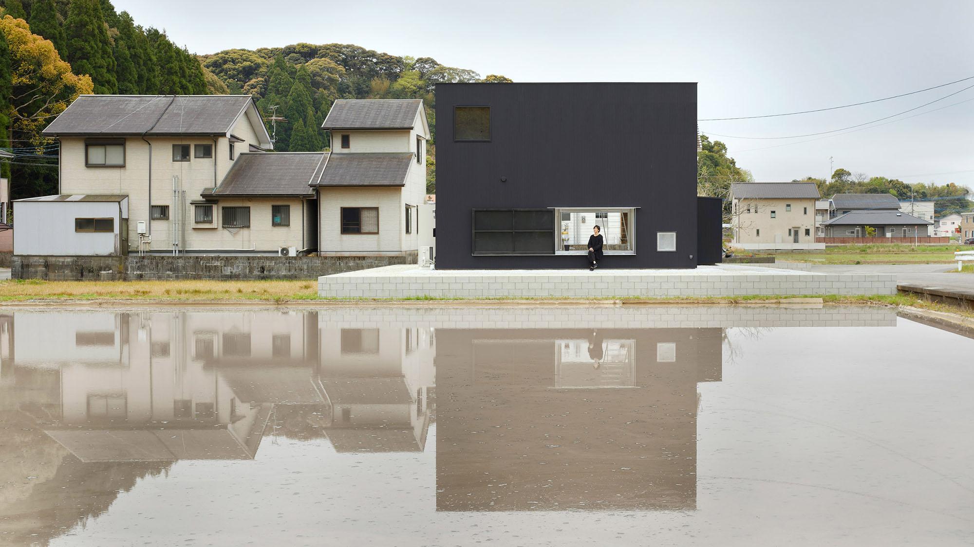 Kadokawa House by Atelier Kenta Eto