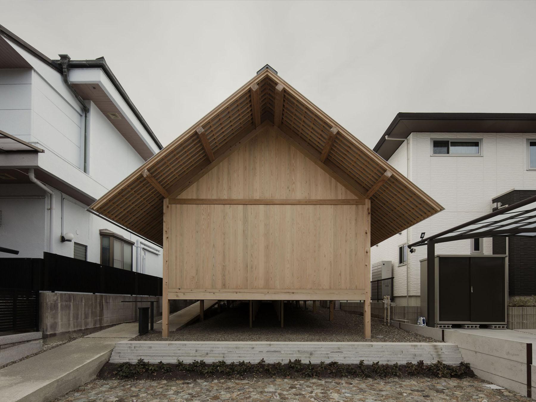 Yomogidai House by Tomoaki Uno Architects