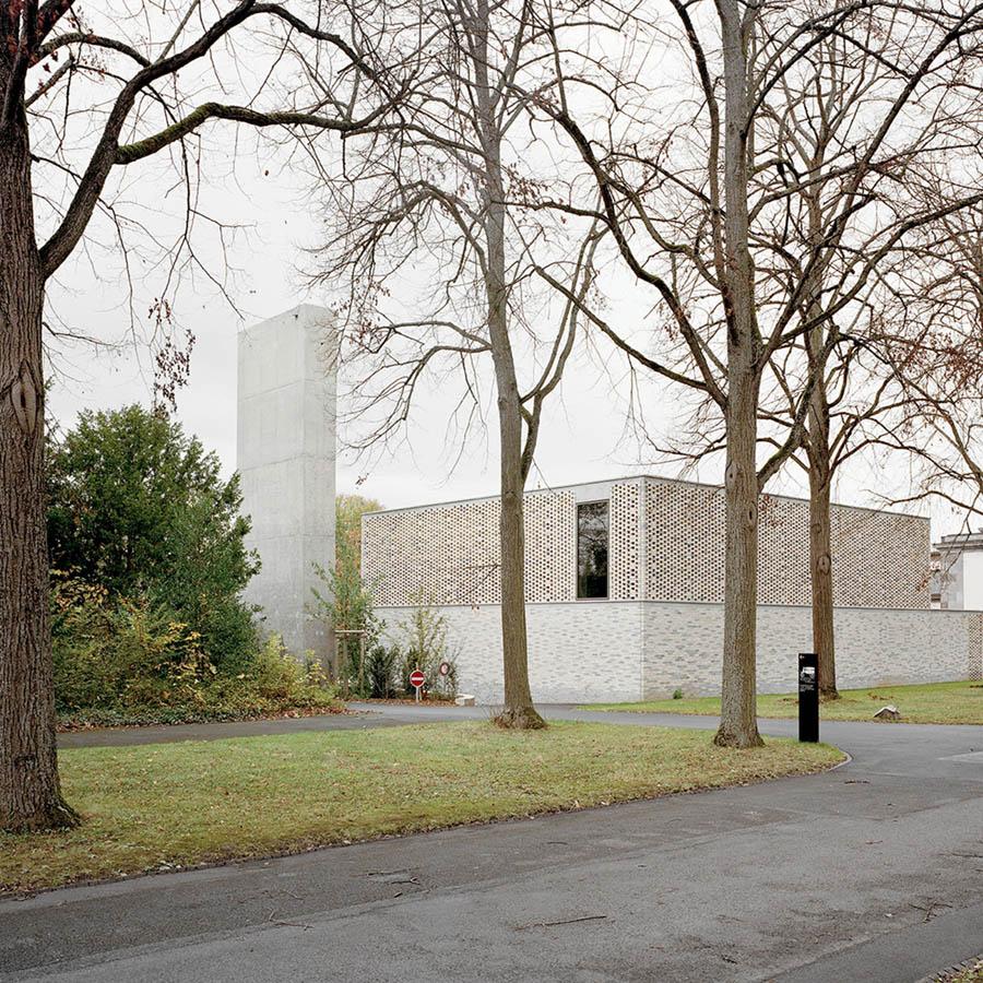 Crematory in Basel by Architekturbüro Garrigues Maurer